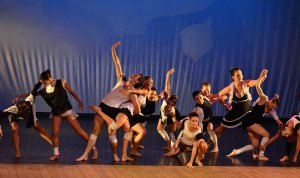 Laboratório da Dança - Tabuleiro - Crédito Heitor Marini